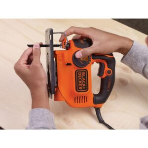 BLACK+DECKER 5 Amp Jig Saw with Curve Control