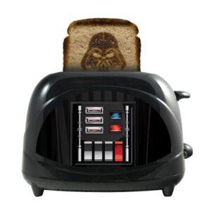 Uncanny Brands Star Wars Empire Collection 2-Slice Darth Vader Toaster