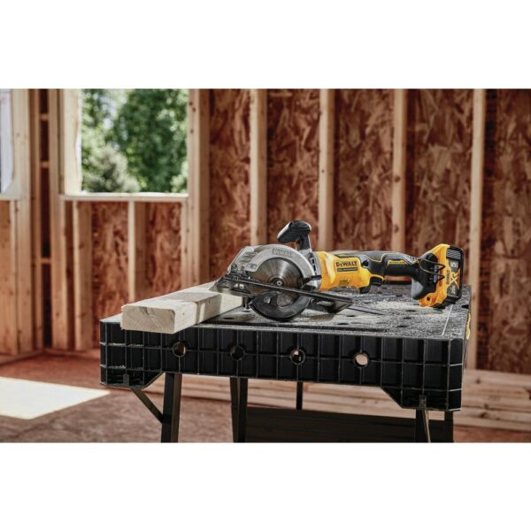 DEWALT ATOMIC 20-Volt MAX Cordless Brushless 4-1/2 in. Circular Saw with (1) 20-Volt Battery 2.0Ah