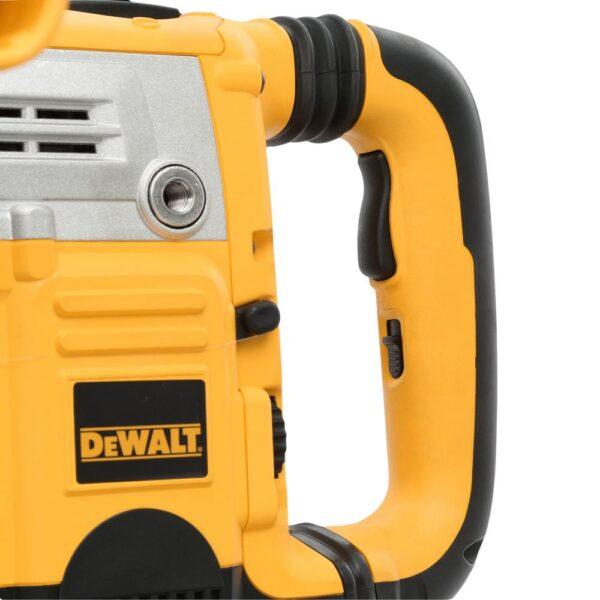DEWALT 13.5 Amp 1-3/4 in. Corded SDS-MAX Combination Concrete/Masonry Rotary Hammer with SHOCKS, 2 Stage Clutch and Case