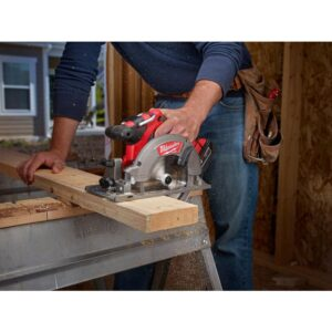 Milwaukee M18 FUEL 18-Volt Lithium-Ion Brushless Cordless 6-1/2 in. Circular Saw Kit w/ (2) 5.0Ah Batteries, Charger, Tool Bag