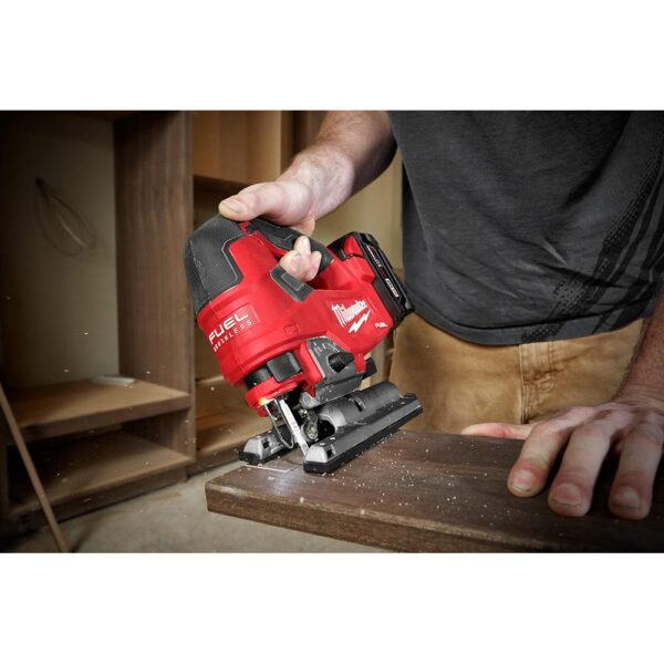 Milwaukee M18 FUEL 18-Volt Lithium-Ion Brushless Cordless Jig Saw with M18 5.0 Ah Battery