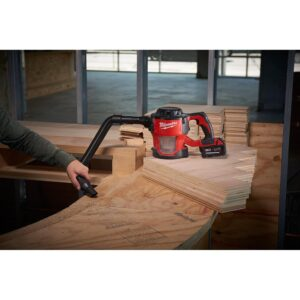 Milwaukee M18 18-Volt Lithium-Ion Cordless Compact Vacuum W/ M18 Starter Kit W/ (1) 5.0Ah Battery and Charger