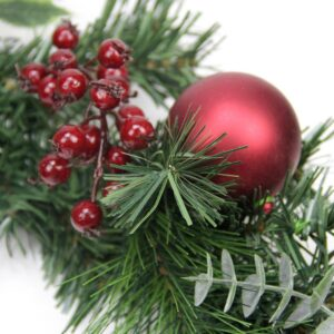 Northlight 6 ft. Pre-Unlit Decorated Holly Berry Pine Cone Twig and Ball Artificial Christmas Garland